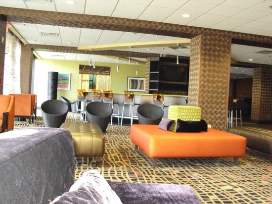 Clarion Hotel Nashville Downtown - Stadium: Lobby/Lounge