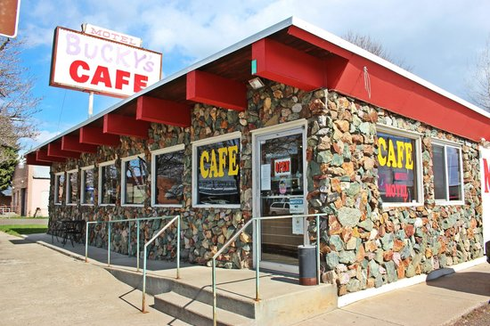 Bucky's Cafe & Motel: Bucky's Cafe, Cambridge Idaho