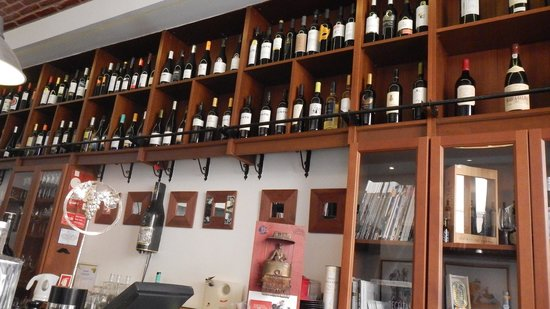 "Enoteca de Belem : The ""Wine List"""