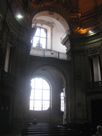 Church of São Pedro dos Clérigos : Igeria de Sao Pedro dos Clerigos - INSIDE