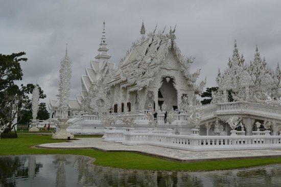 Secret Garden Chiang Mai: The White Temple
