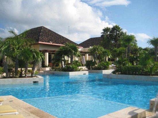Fairmont Mayakoba: Pool area