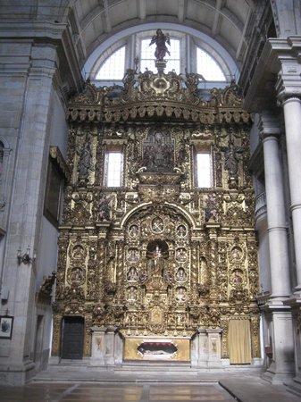 Igreja dos Grilos - Museu de Arte Sacra e Arqueologia