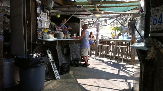 B.O.'s Fish Wagon : service counter