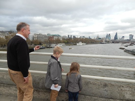 London Cabbie Tours - Private Tours: London from the bridge