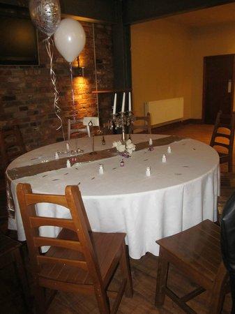 Trinity Hotel: table set up