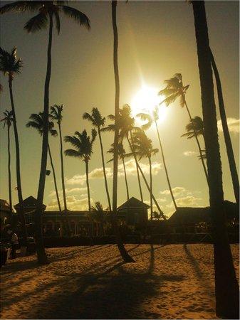Paradisus Palma Real Golf & Spa Resort: beach early evening