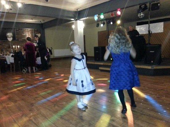 Trinity Hotel: early in night on dance floor