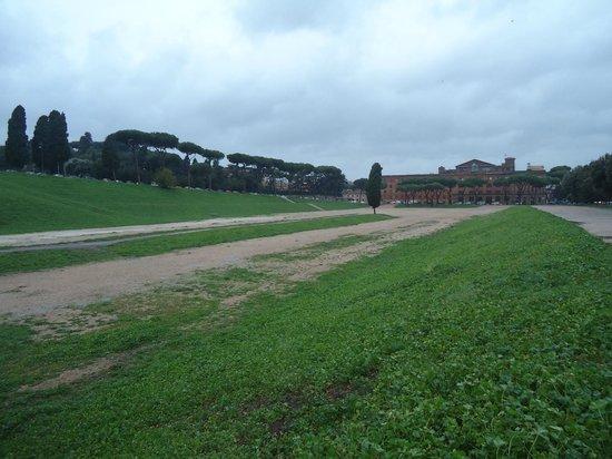Circus Maximus : É o que sobrou...