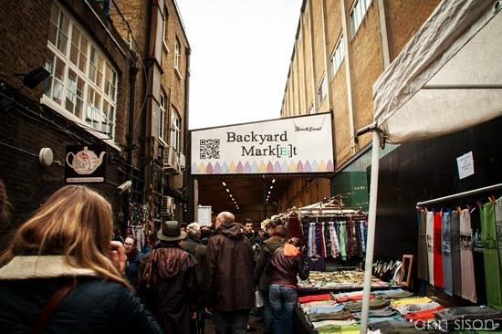 sunday upmarket @ Brick Lane could be really packed ...