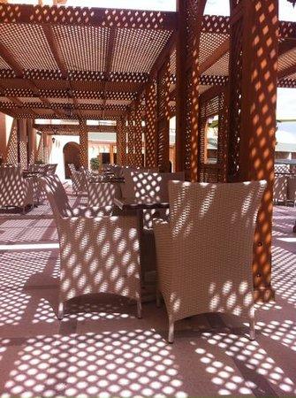 Royal Kenz Hotel Thalasso & Spa : outdoor terrace area