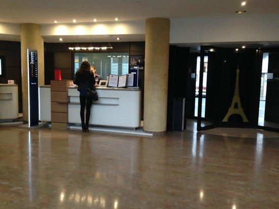Novotel Paris Vaugirard Montparnasse: hall