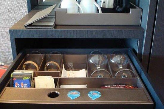 Sama-Sama Hotel KL International Airport: In-room refreshments