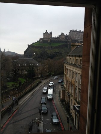 Waldorf Astoria Edinburgh - The Caledonian : Room with a view (of the Castle)