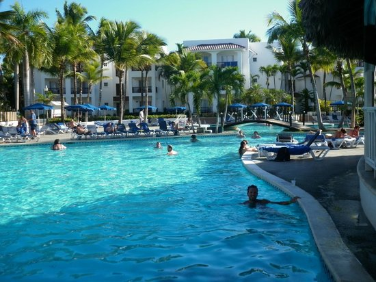 Be Live Experience Hamaca Suites : piscina