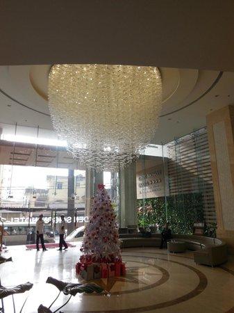 EdenStar Saigon Hotel : hall d'entree