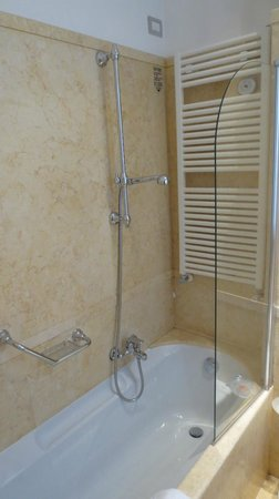 Hotel Al Duca di Venezia: bagno