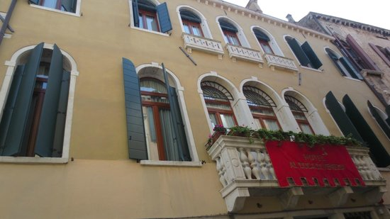 Hotel Al Duca di Venezia: facciata