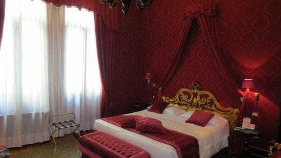 Hotel Al Duca di Venezia: camera