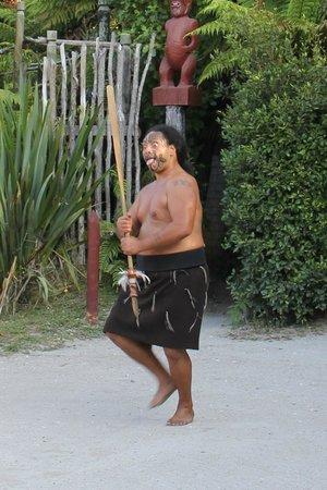 Village maori de Tamaki : Powhiri - the welcoming ceremony