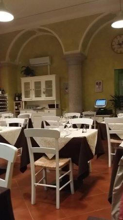 Nonna Italia Ristorante Pizzeria : inside