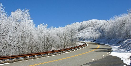 North Carolina Mountains, นอร์ทแคโรไลนา: A Touch of Snow 13Mar14
