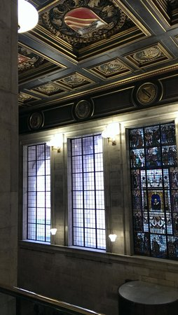 Manchester Central Library : The fabulous glass