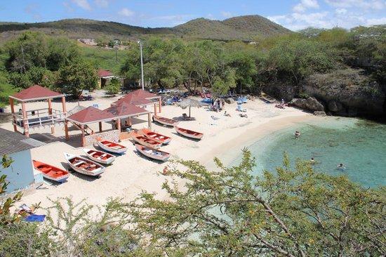 Bahia Apartments & Diving : Lagun Beach from the restaurant