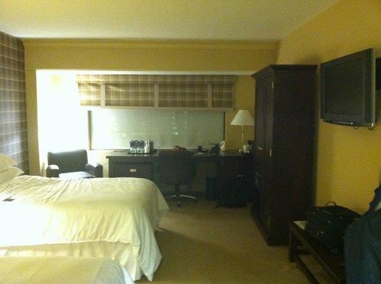 Sheraton Baltimore Washington Airport - BWI : room