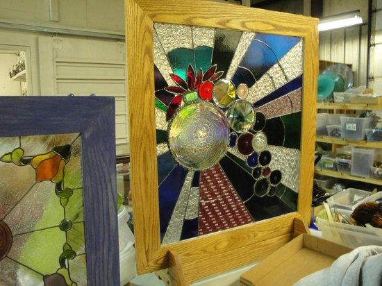 Kokomo Opalescent Glass : one of the artist projects