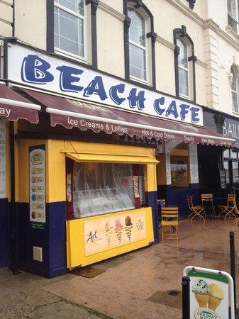 Beach cafe: Great seaside cafe