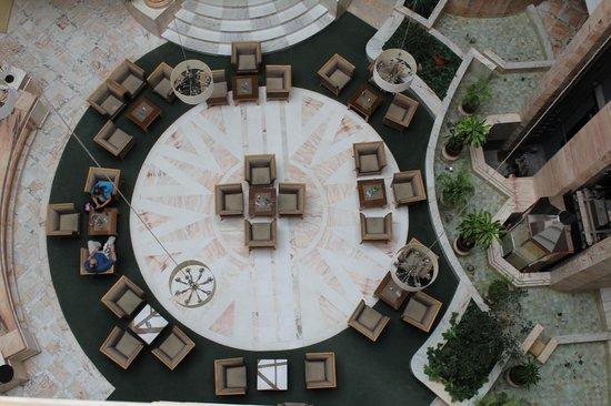 Marhaba Royal Salem: вид на главный бар