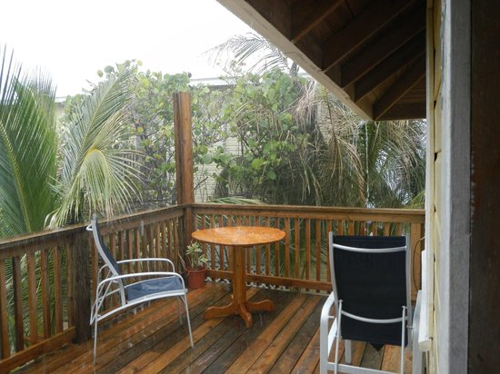 Lands End - Ocean Front Lodge: Our deck in the rain.