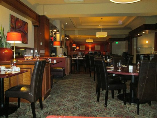 Alizee Boutique Bistro And Wine Bar Dining Room