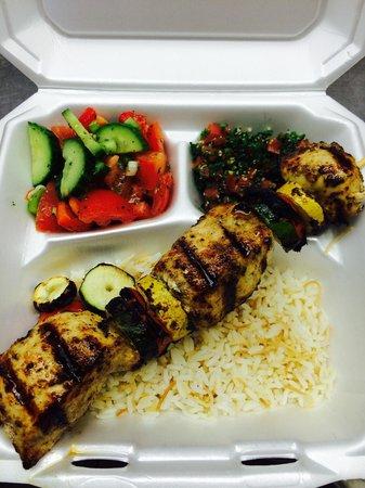 D's Mediterranean Grill : Chicken kabob plate