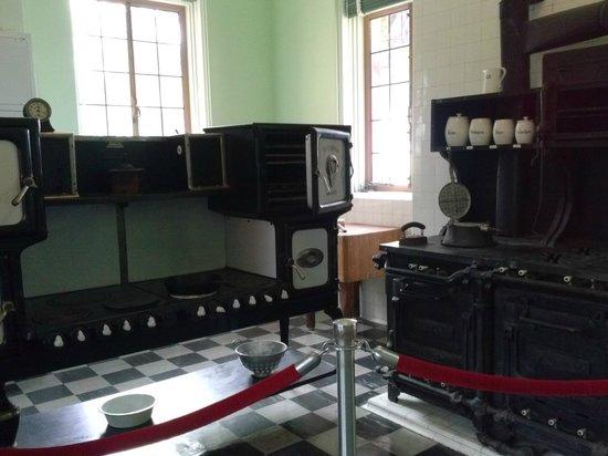 Ca d'Zan Mansion : kitchen