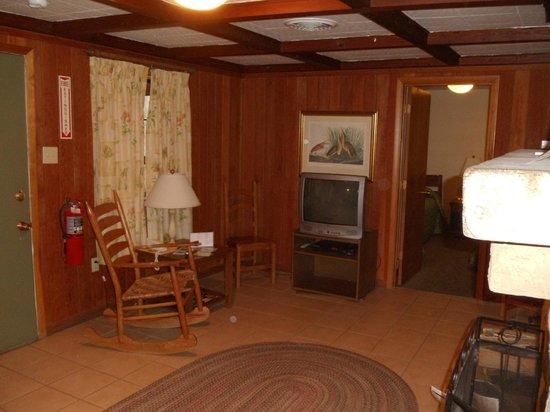 Audubon State Park : living room