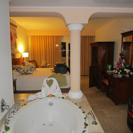 Grand Palladium Palace Resort Spa & Casino: Room 9205