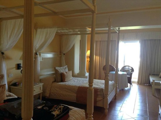 Luxury Bahia Principe Runaway Bay Don Pablo Collection: Double room Don Pablo section
