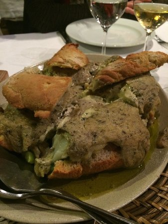 Paredes, Portugal: O Famoso Bacalhau