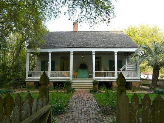 Maison Madeleine : La maison, les chambres sont à l'étage