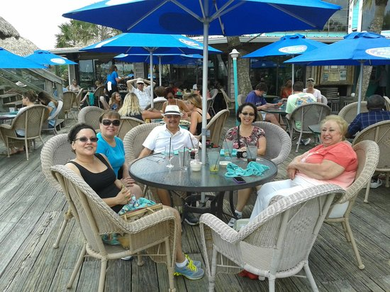 The Conch House Restaurant: Family and friends having a great time at the Conch House