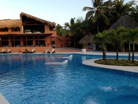 Sivory Punta Cana Boutique Hotel: Pool is lovely