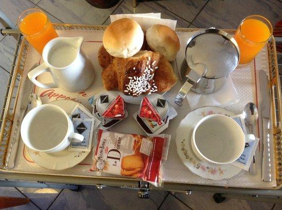 Fiorentini Residence: In Room Breakfast