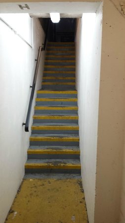 Premier Inn West Bromwich Central Hotel: Stairway to haven?
