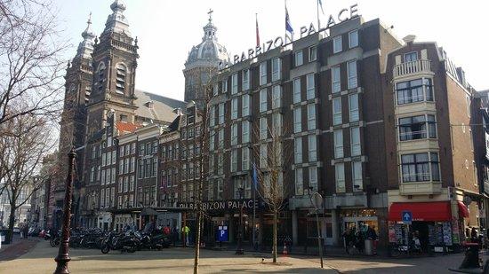 NH Collection Amsterdam Barbizon Palace: Front of Barbizon Palace