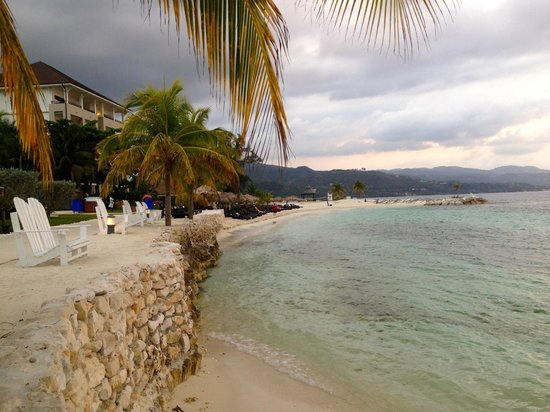 Secrets St. James Montego Bay : Walk to dinner from St. James to Wild Orchards... beautiful views