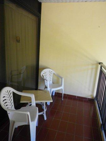 Sol Sirenas Coral Resort: Balcón de la habitación del Coral