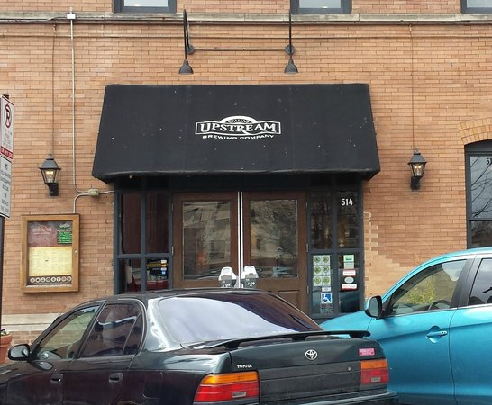 Upstream Brewing Company - Old Market Restaurant: Entry