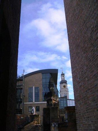 Neiburgs Hotel : Utsikt från vårt pentryfönster